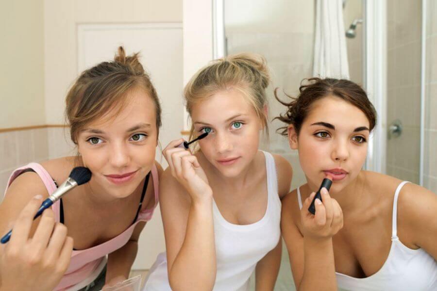 помощь девочкам подросткам