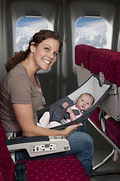 мама-ребенок-полет-самолет
