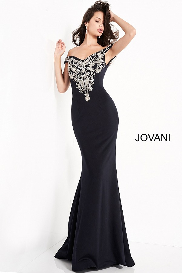 черное вечернее платье на праздник
