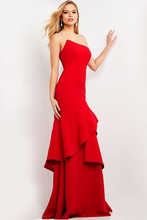 платье с воланами красное длинное открытые плечи