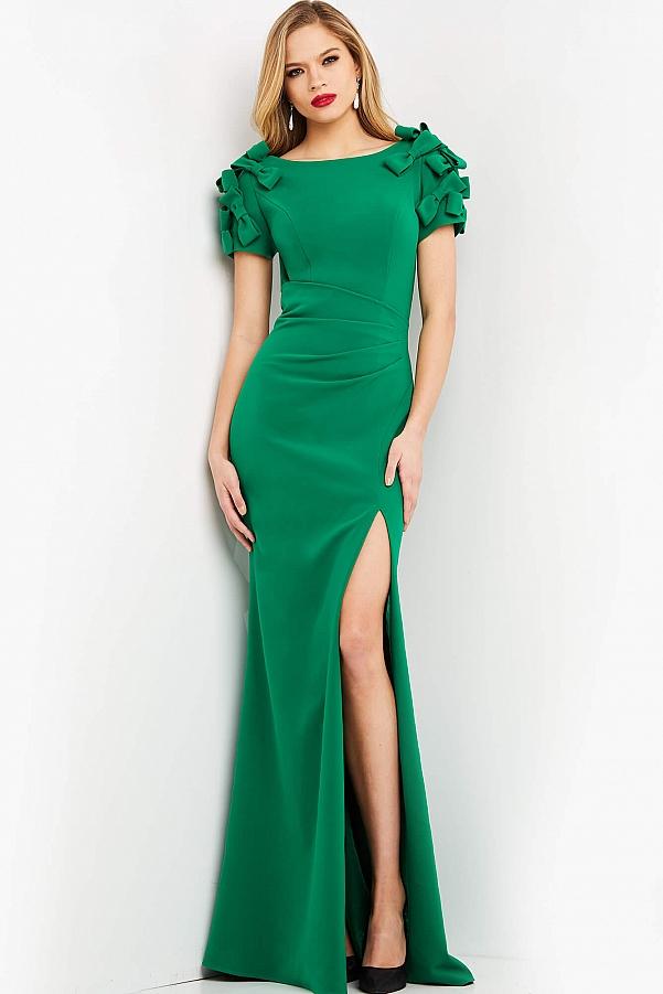 зеленое платье длинное с вырезом внизу