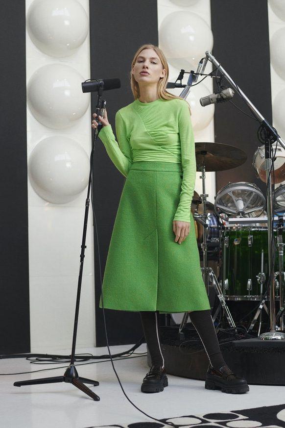 зеленая кофта женская