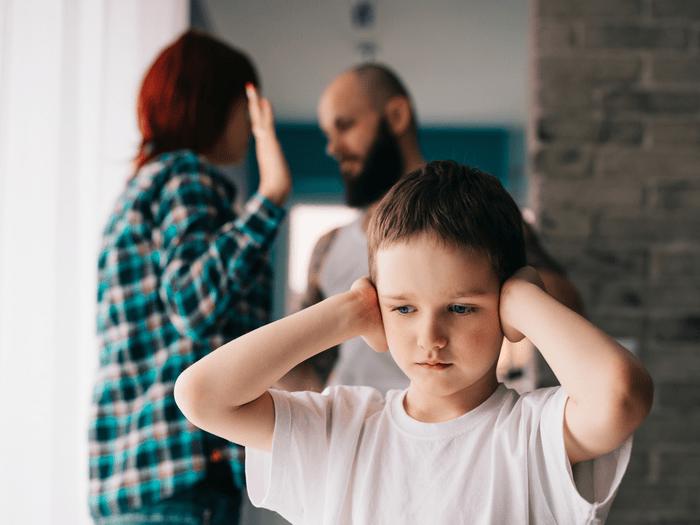 ребенок родители ругаются