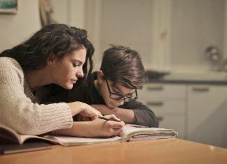 4 Способа Помочь Своим детям преуспеть в школе