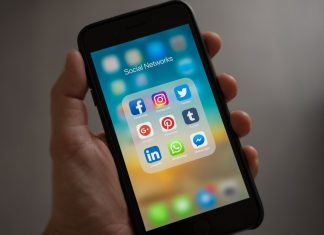 Почему Я Удалил Социальные Сети Из Телефона